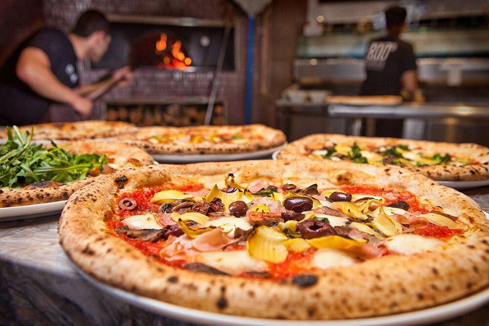 Mobile Pizza Catering, Food Vans Melbourne, Pizza Van Melbourne