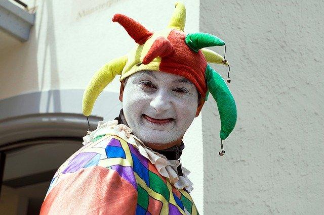 Comedy clown